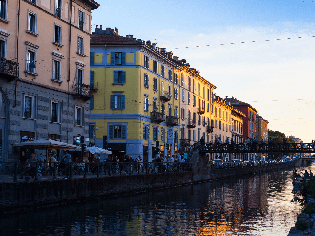 Canal Cafes of Navigli District, a must stop on your 10 days in Italy